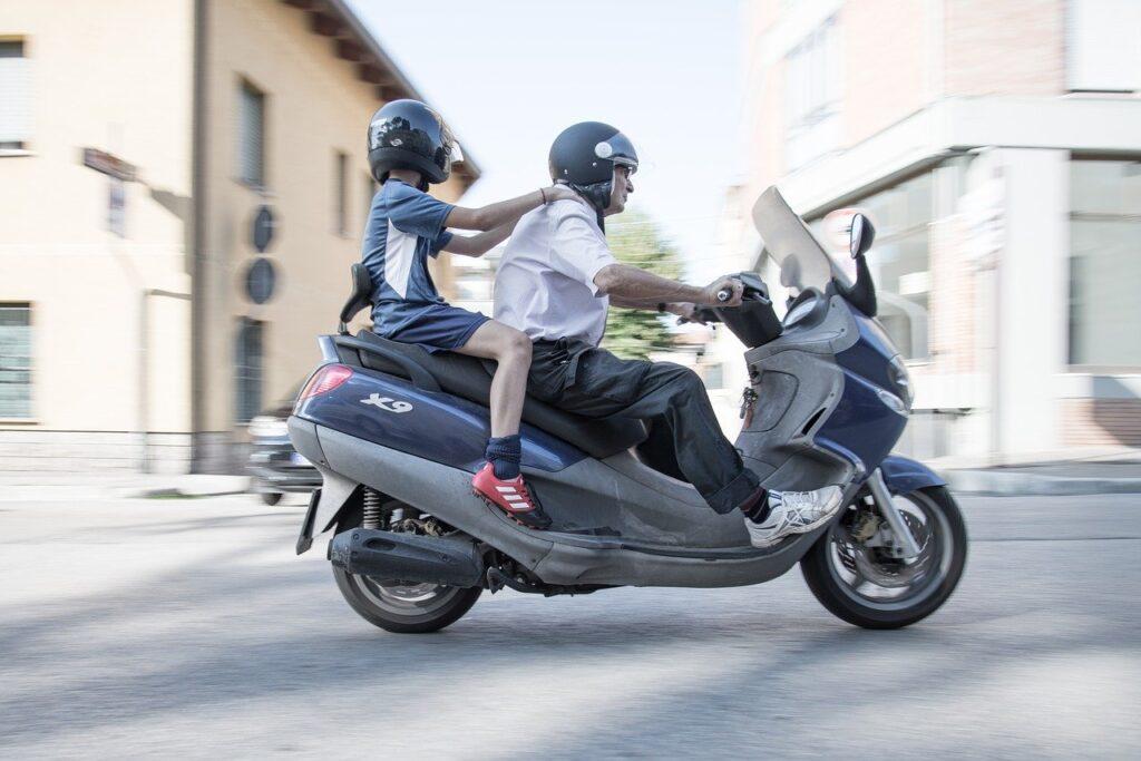 【衝撃】20代男子にオススメのツーリングバイク!【カテゴリ別】
